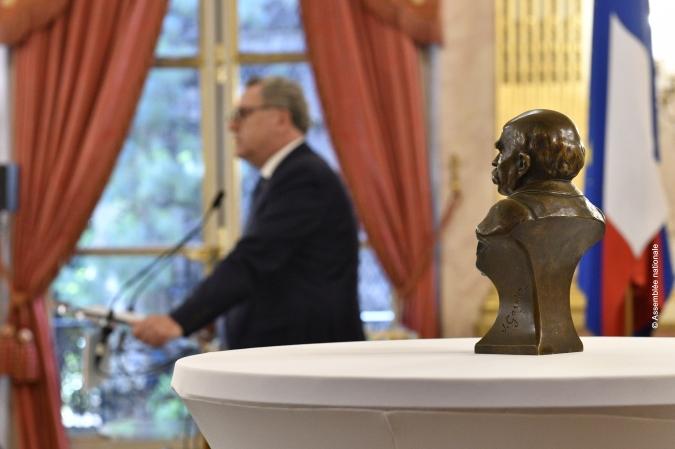Image presidence